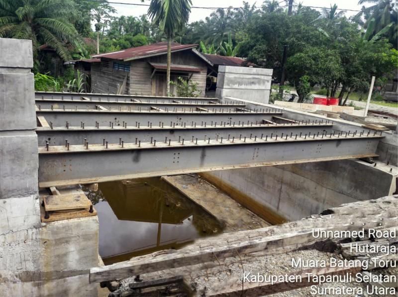 Facilitating Inter-Village Access, PT. Cisadane Sawit Raya Tbk. Did a Bridge Construction
