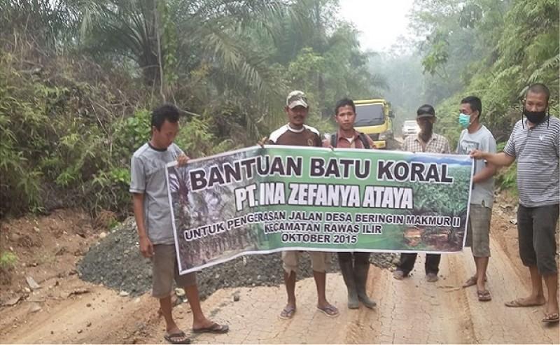 Cisadane Sawit Raya Strengthened The Way in Village of Desa Beringin Makmur II
